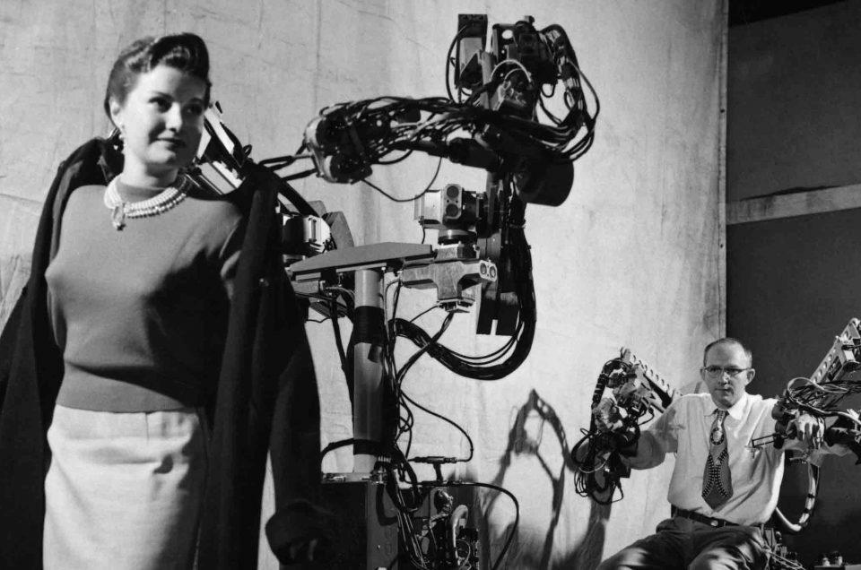 Geïnspireerd op  Robots Love Music van Museum Speelklok